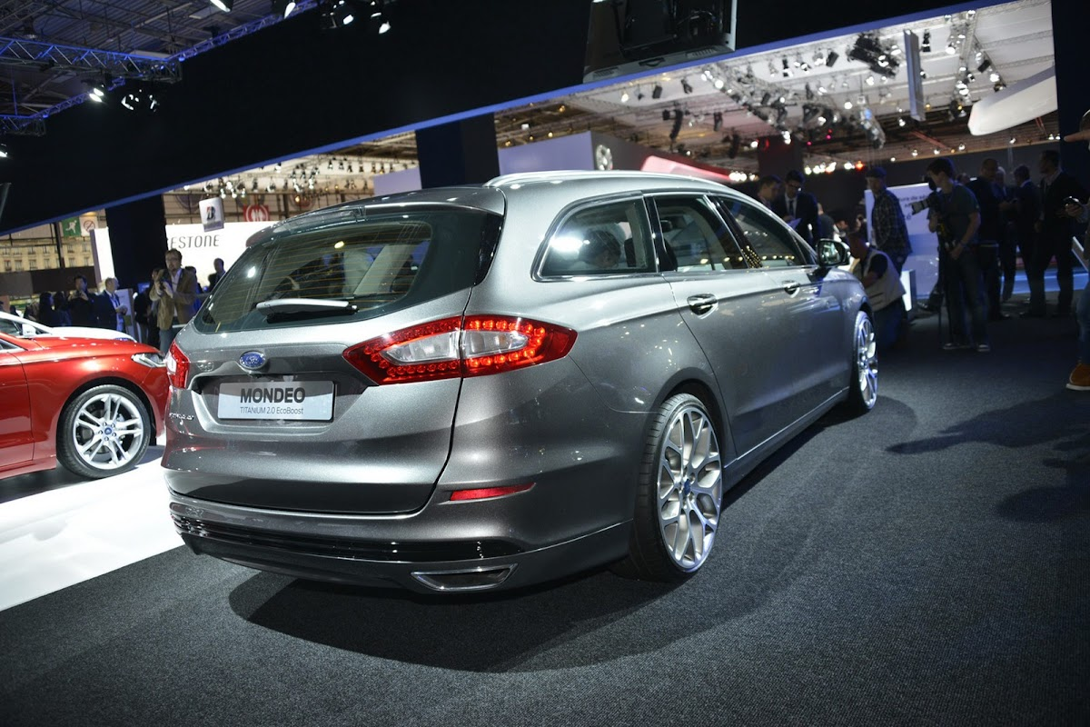 2013 ford mondeo 24