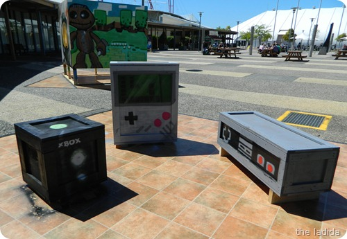 EB Expo - Street Art -  Game Boy Nintendo Xbox