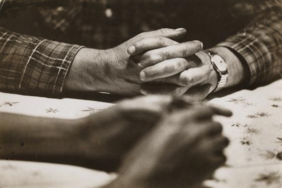 lovinghands-1024x682