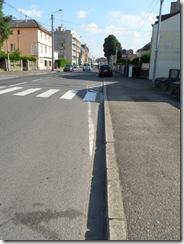 Thionville_Av_Comte_de_Bertier_Stationnement_19-07-13_(12)
