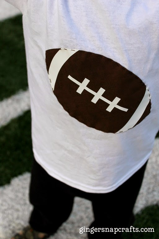 football t-shirt with Silhouette