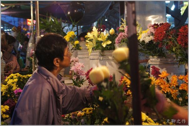 小姐买花献佛