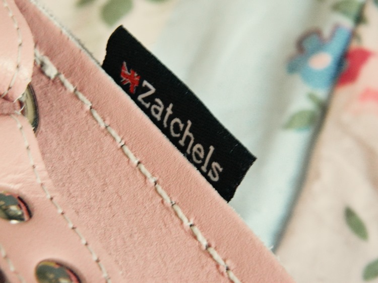 Zatchels-Love-Heart-Saddle-Bag-Satchel-Sale-Review-3