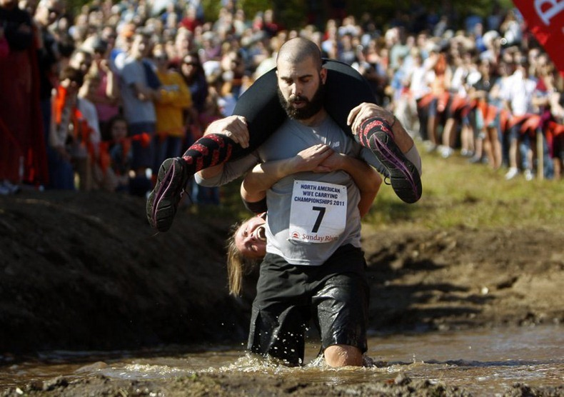 wife-carrying-chamionship-7