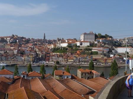 21. Deasupra cramelor de vin de Porto.JPG