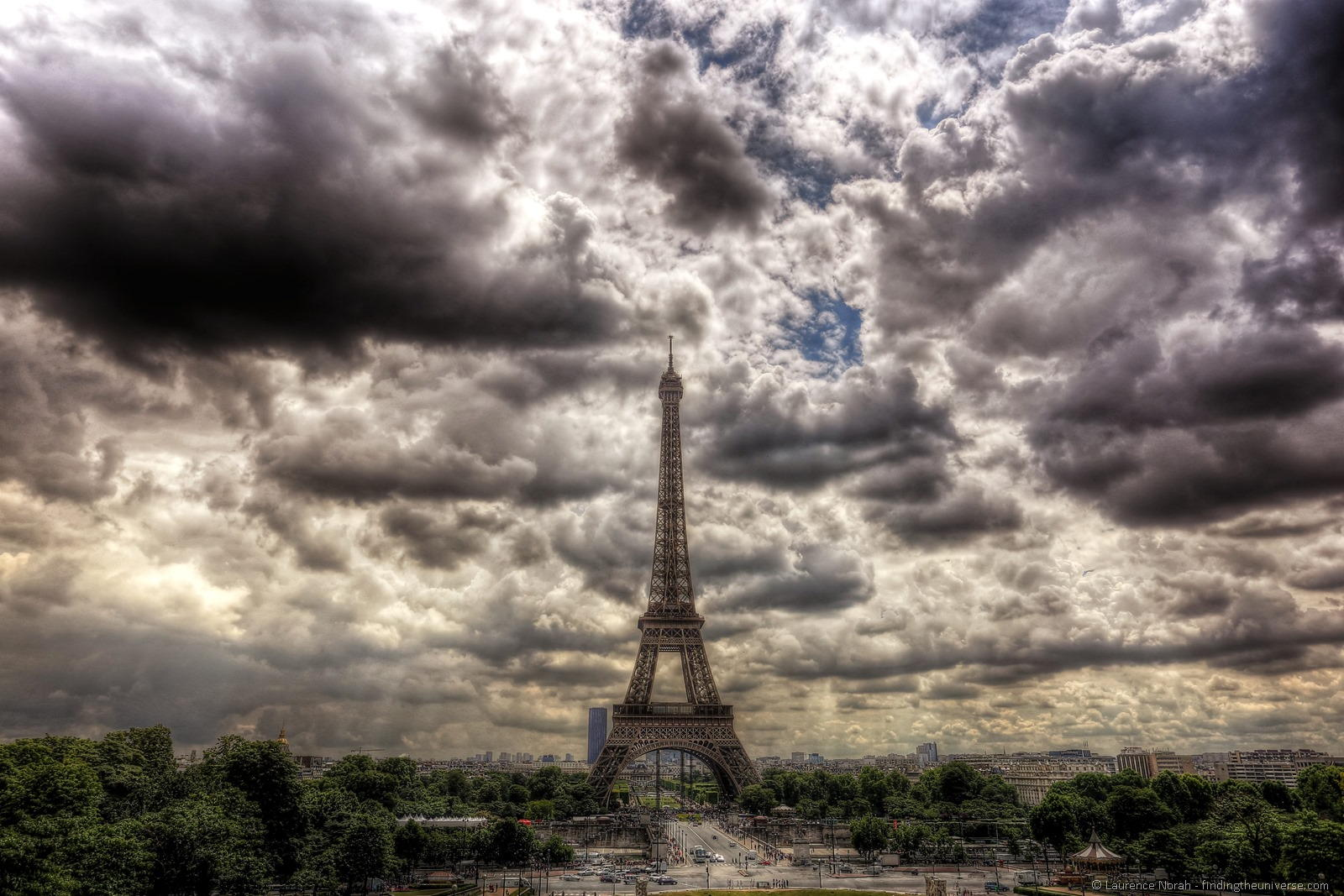 Paris-Eiffel-Tower-HDR-2a2.jpg (image)