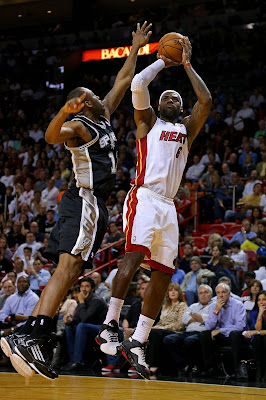 lebron james nba 121129 mia vs sas 01 LeBron Introduces the Ambassador but Switches to X in 2nd Half
