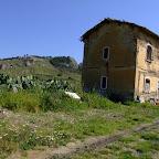 casa cantoniera lungo la linea ferroviaria Cattolica - Montallegro