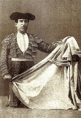 Fernando el Gallo Cambio de rodillas 001