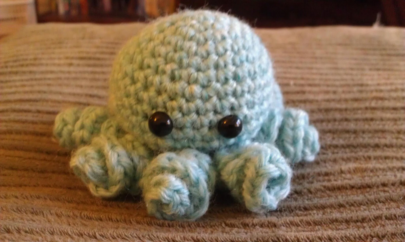 Crochet Church Purse Doll Pattern : ChemKnits: Crochet Mini Octopus