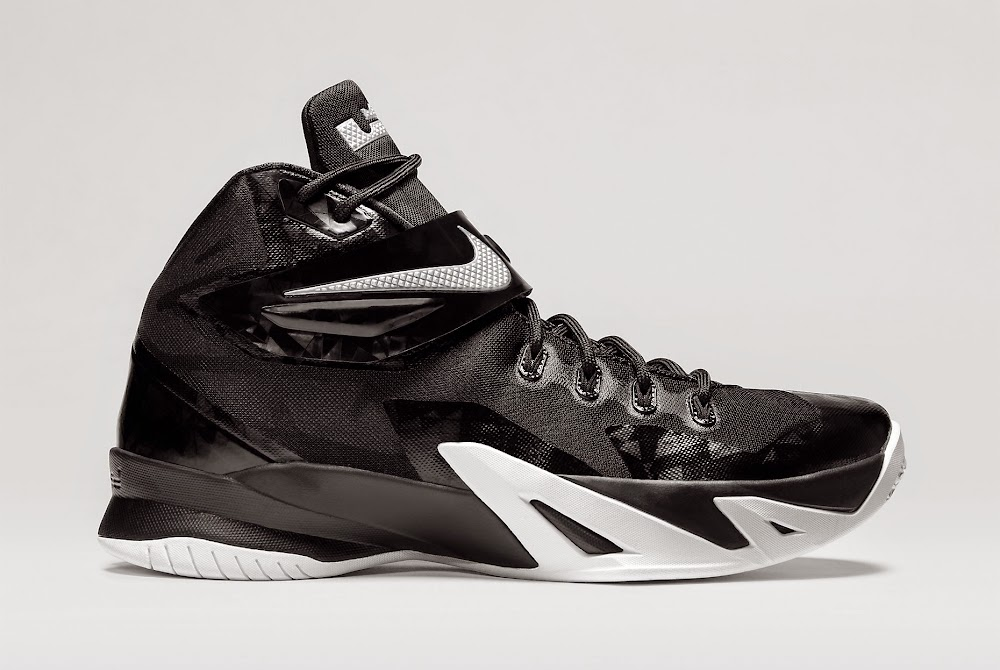 NIKE ZOOM LEBRON SOLDIER 8 (TEAM) Black/White/Metallic Silver