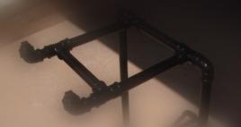 mesa para computador de cano PVC detalhe