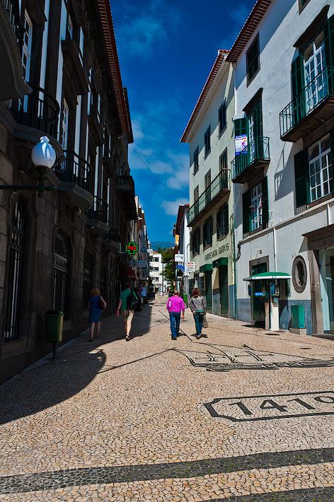 21. Фотопрогулка по улицам города. Улочки. Фуншал. Мадейра. Португалия. Круиз на Costa Concordia.