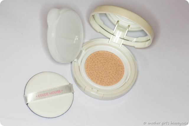 Review Etude House Any Cushion Foundation Swatch  (2 von 5)