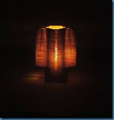 luminária-de-material-reciclável-com-palito-de-picolé1