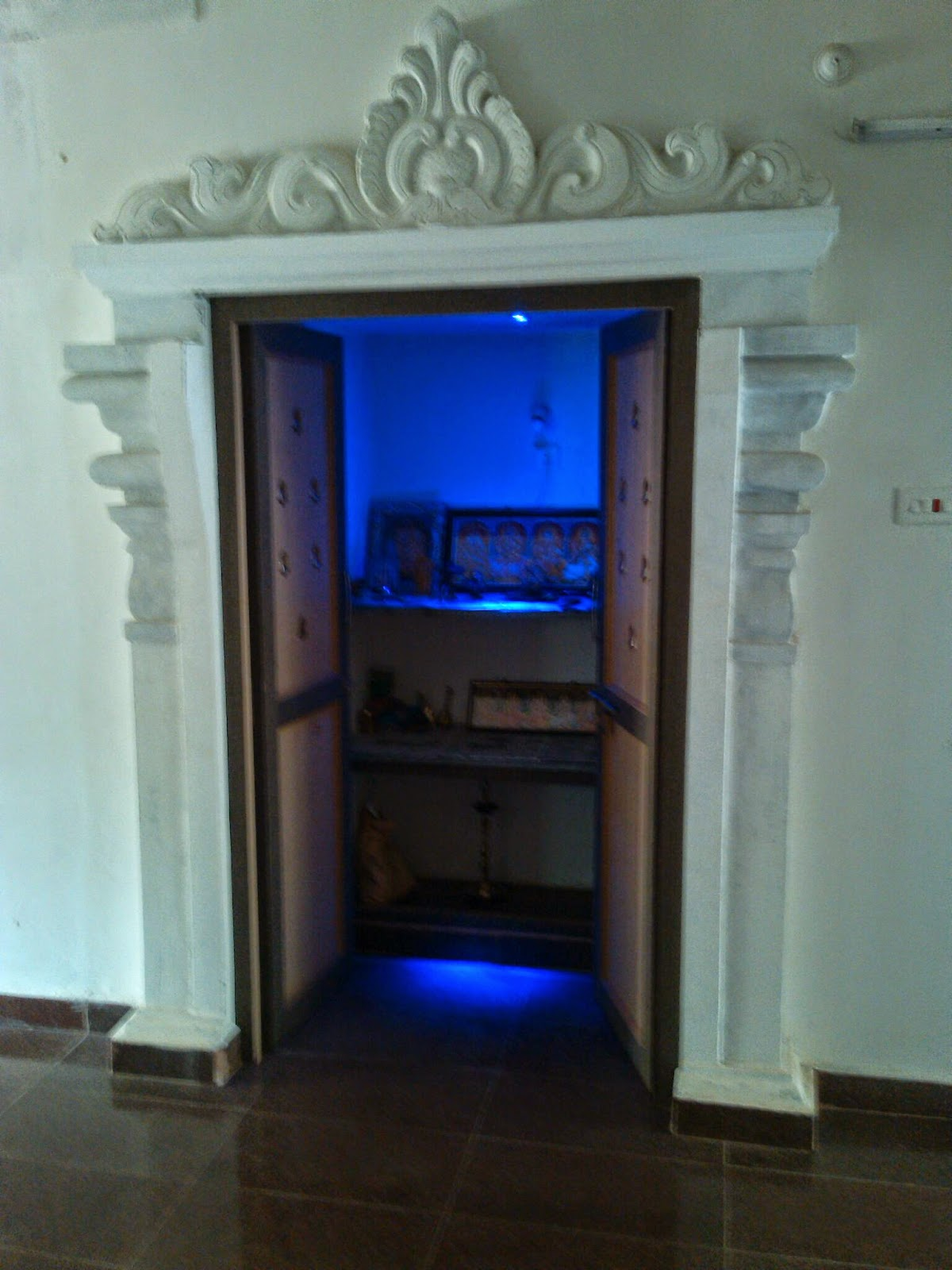 Contractors in chennai pooja room modern pooja room home for Main door arch designs