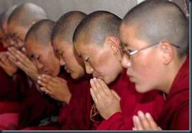 monges tibetanos_levitação