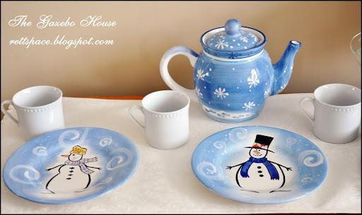 Jan Icey Blue Snowmen Table 027
