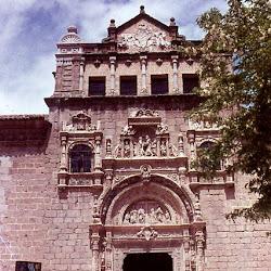 021 Hosp de la Sta Cruz de Toledo.jpg