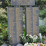 2009 09 19 Monument au Père-Lachaise (1).JPG