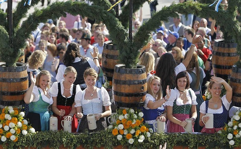 Oktoberfest-2011-3