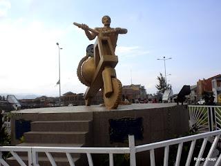 – Le monument Tshukudu, un des lieux symboliques de la ville de Goma, chef-lieu de la province du Nord-Kivu en RDC. Radio Okapi John Bompengo