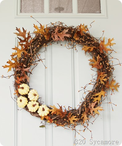 fall autumn wreath 320 sycamore