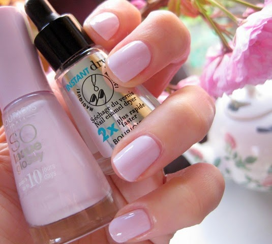 Bourjois-Peace Mauve-lilac-nail-polish