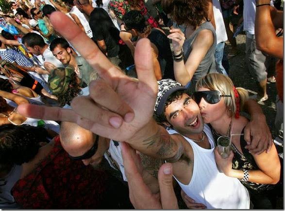 ibiz-clubbing-funny-082