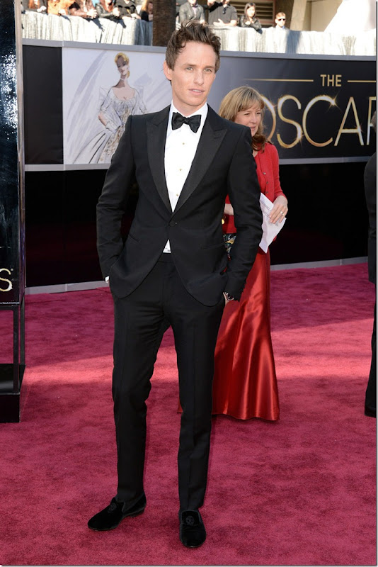 todas_las_imagenes_de_celebrities_y_alfombra_roja_de_los_oscars_2013_630079669_800x1200