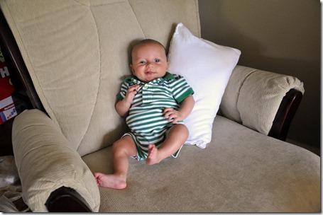 leighton 2 months 09202012 (9)