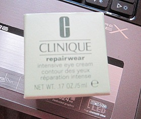 clinique repairwear, bitsandtreats