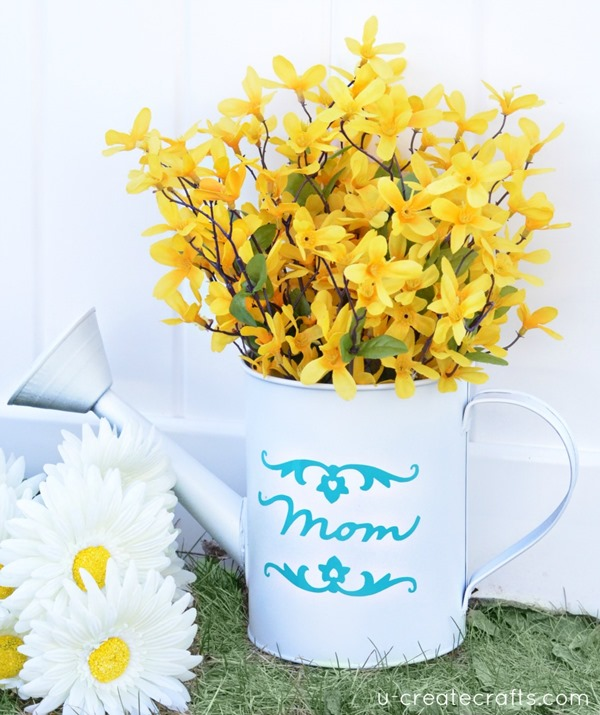 DIY-Watering-Can-Vase