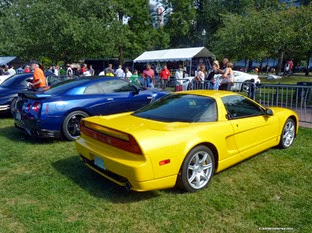 Nissan-GT-R-Acura-NSX-Carscoops24