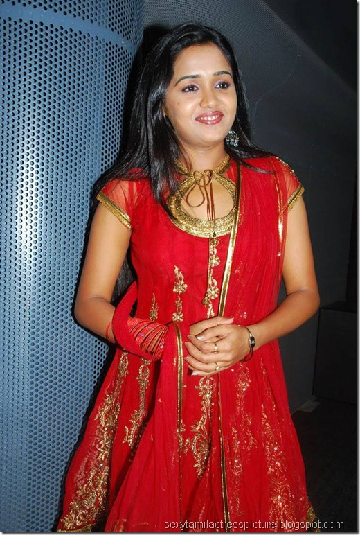 cute-ananya-in-red-churidar-photos-04