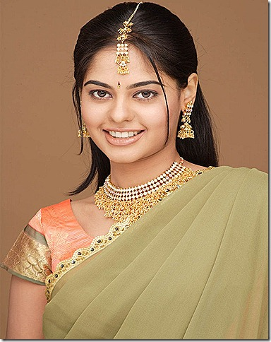 bindu-madhavi-latest still