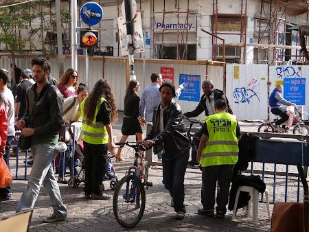 12. Control securitate Piata Carmel Tel Aviv.JPG