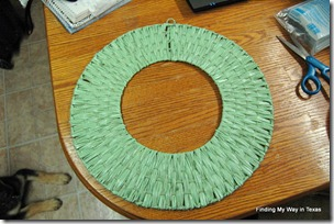lace, mint, wicker wreath 004-001