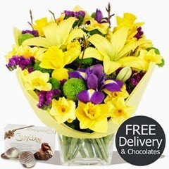 FREE DELIVERY Flowers & Bouquets - Spring Days & Chocolates