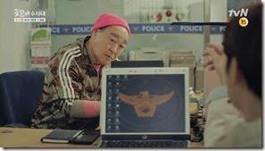 희철의굴욕 전광석화 tvN꽃할배수사대 3차 티저 30초_2.MP4_000002166