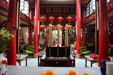 07. Templu chinez in Kuala Lumpur.JPG