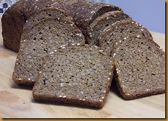 vollkornbrot-with-flaxseeds
