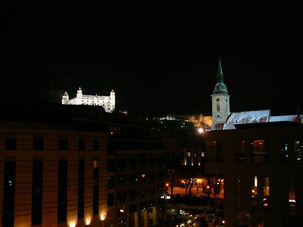 4. catedrala si castelul vazute din hotel Devin Bratislava