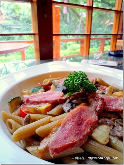 市長官邸餐廳-小牛醬汁燉煮斜管麵搭櫻桃鴨