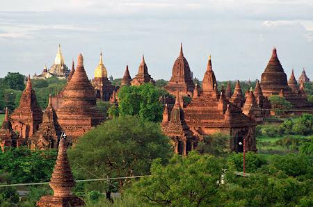 Obiective turistice Myanmar: Templele din Bagan