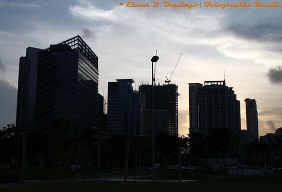 bonifacio global city at dusk B