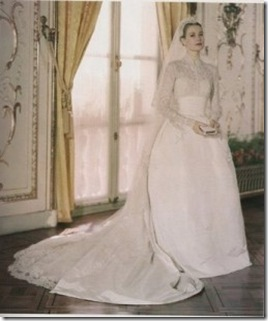 Grace-Kelly-Wedding-dress-255x300