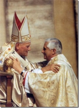 Giovanni_Paolo_II_e_Ratzinger