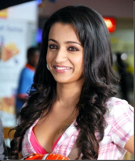 trisha_latest_stills_inteenmaar_movie_001