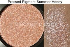 c_SummerHoneyPressedPigmentMAC4